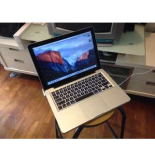 "MacBook Pro Late 2009 13"" Well Maintained"