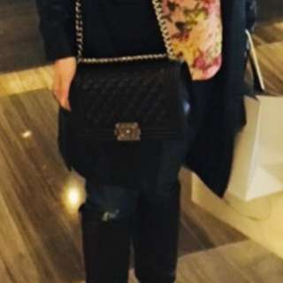 Chanel Bag ( Hold )