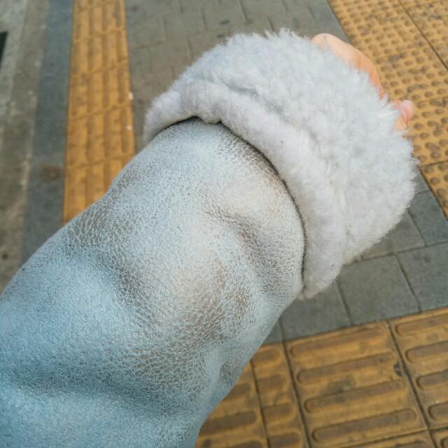 爆裂紋羊羔毛外套