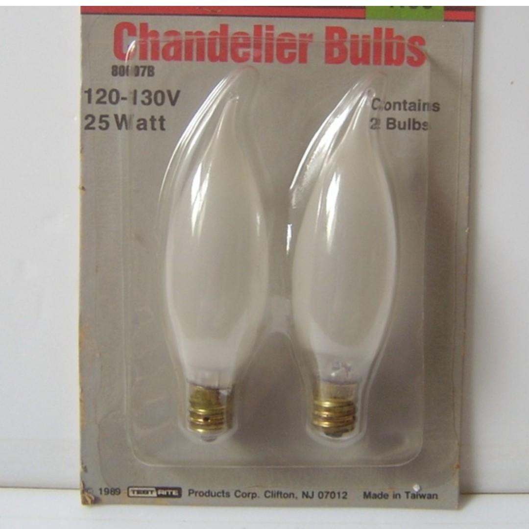 美術燈拉尾燈泡 霧面蠟燭燈泡 水晶燈燈泡 吊燈燈泡 E12 120V-130V 25W 2入包裝 加送一顆~