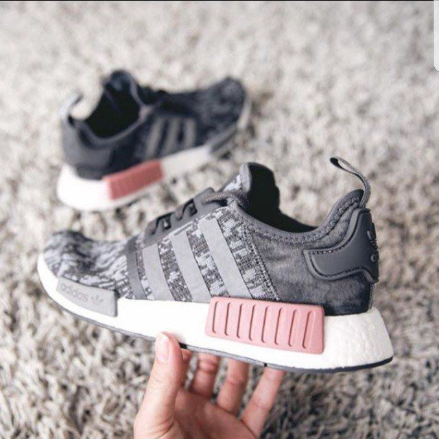 80f13cacf Authenthic Adidas NMD R1 - Heather grey pink