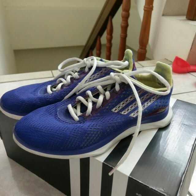 正品 愛迪達adidas運動鞋 訓練鞋us6