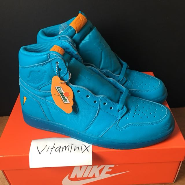 efd13377fe1 AIR JORDAN 1 RETRO HIGH OG x GATORADE  COOL BLUE
