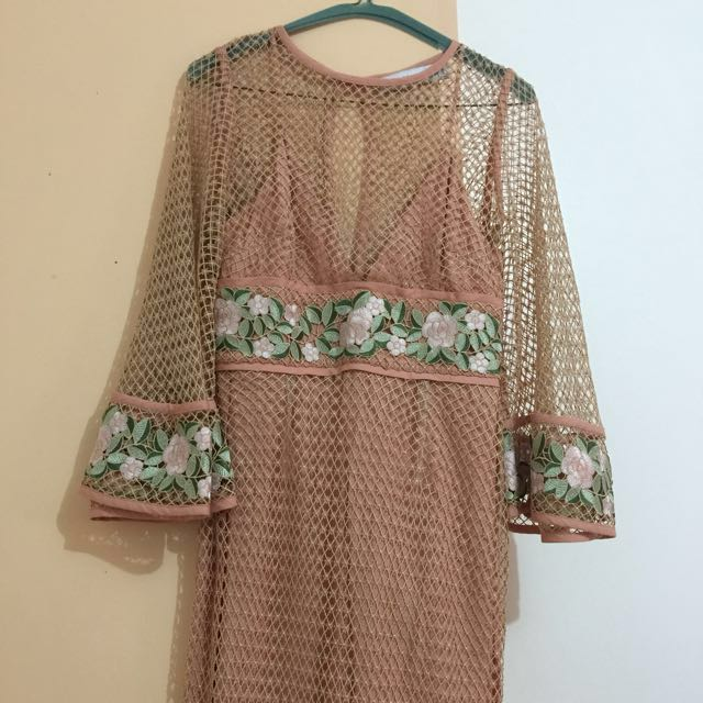 Alice Mccall Lace Embroidered Antique Rose Formal Dress