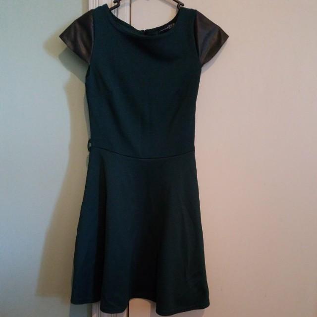 Atmosphere dress - bottle green, leather look sleeves, belt loops - size 6