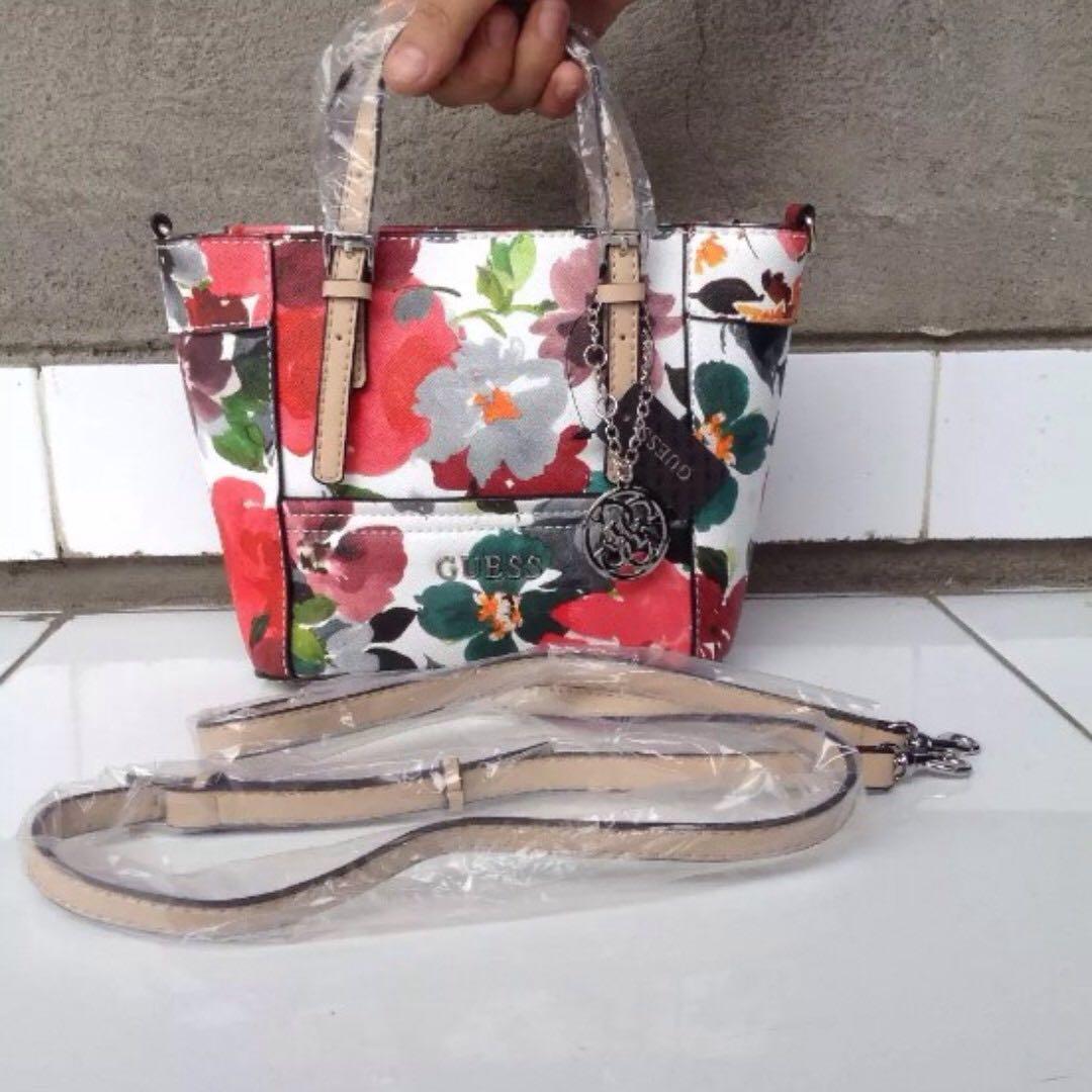 💯AUTHENTIC GUESS Delaney Floral Mini Tote Crossbody Bag 23ef4b859c95d