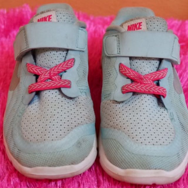 Authentic Nike toddler girl's rubber shoes
