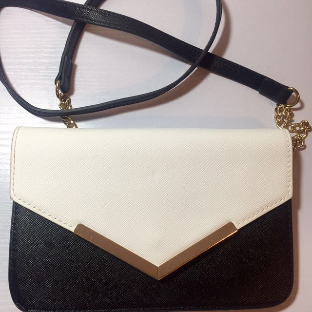 Black&white Crossbody Bag with chain