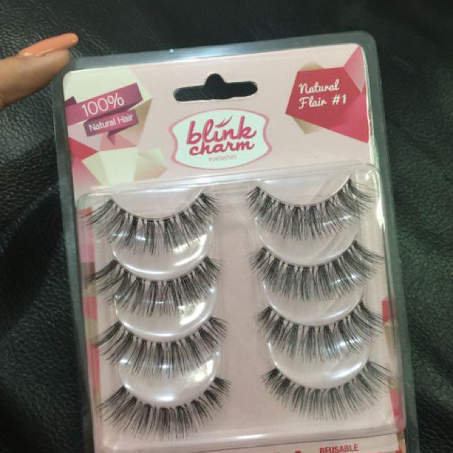 Blink Charm Eyelashes ( Masih Segel )