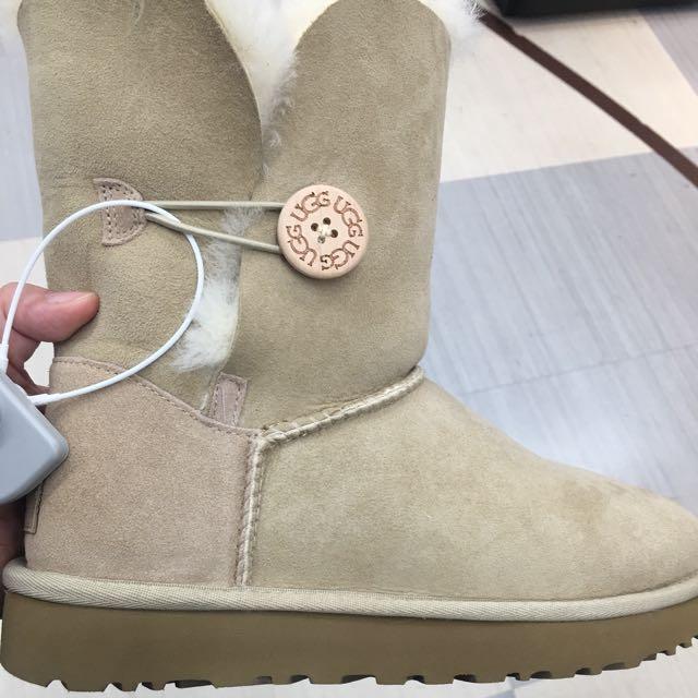 Brand new Bailey boots II UGG