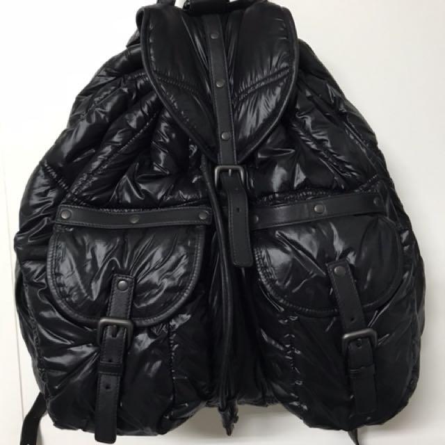 BV 尼龍材質 後背包