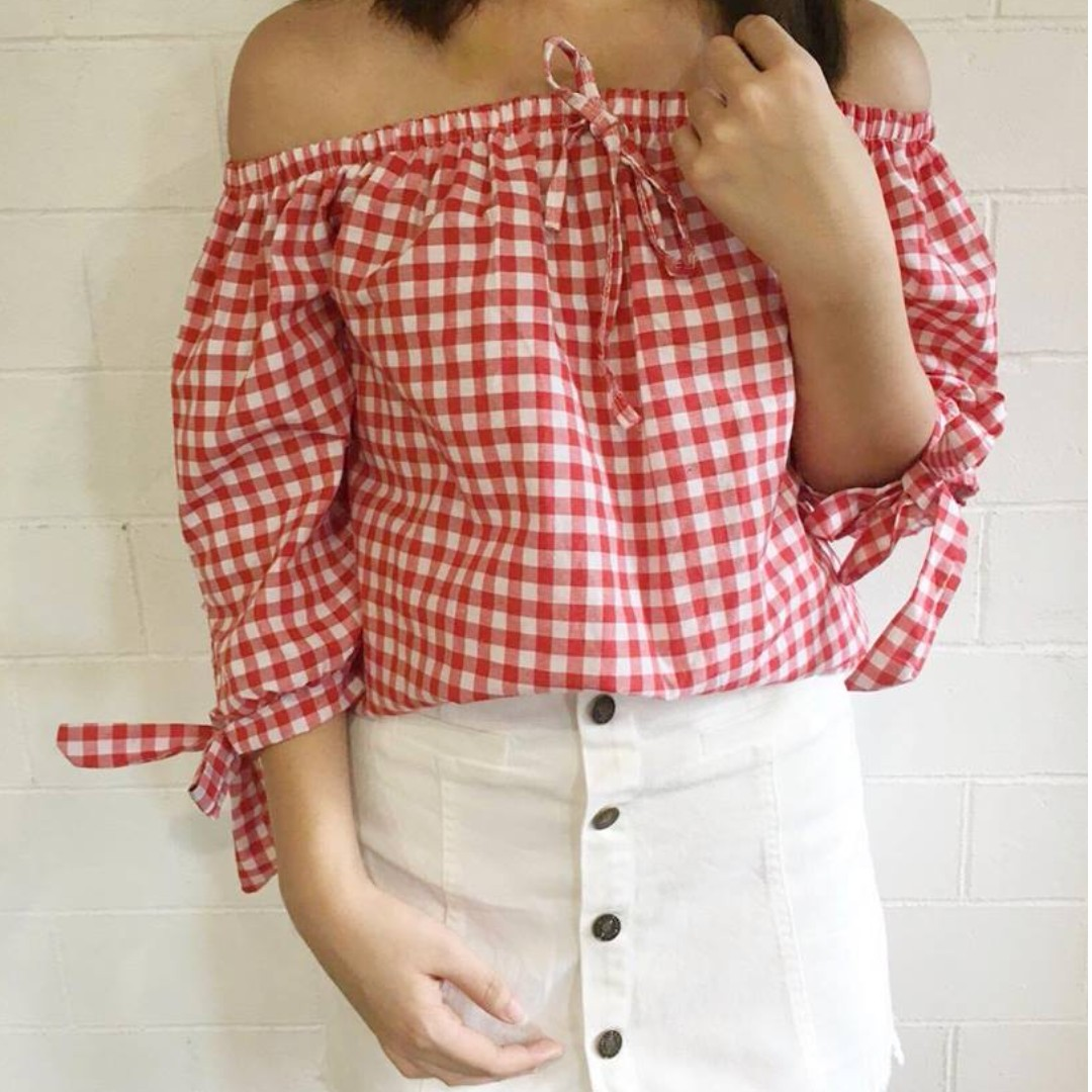 b6a93455c4cb4d NEW Checkered Country Off shoulder top