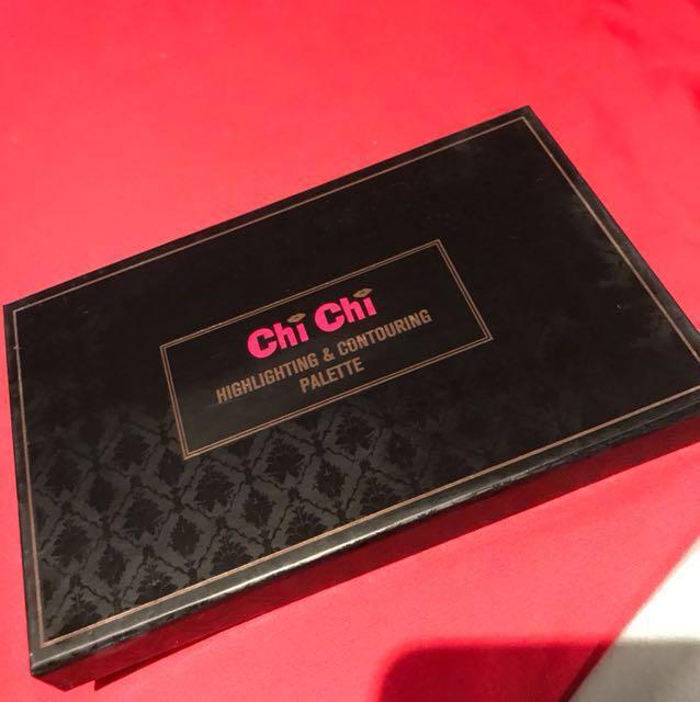 Chi chi highlighting/ contouring  powder  palette