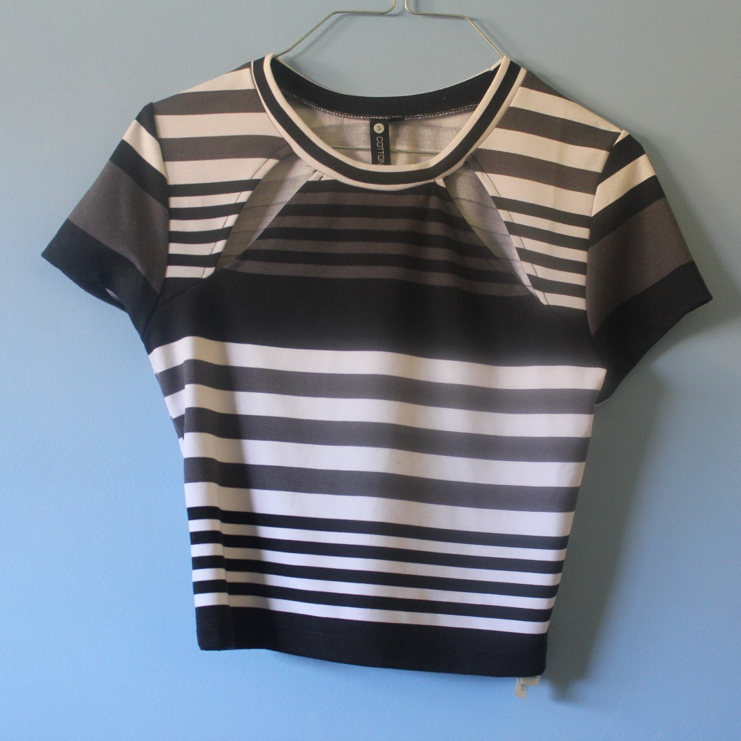 COTTON ON Striped crop top size S
