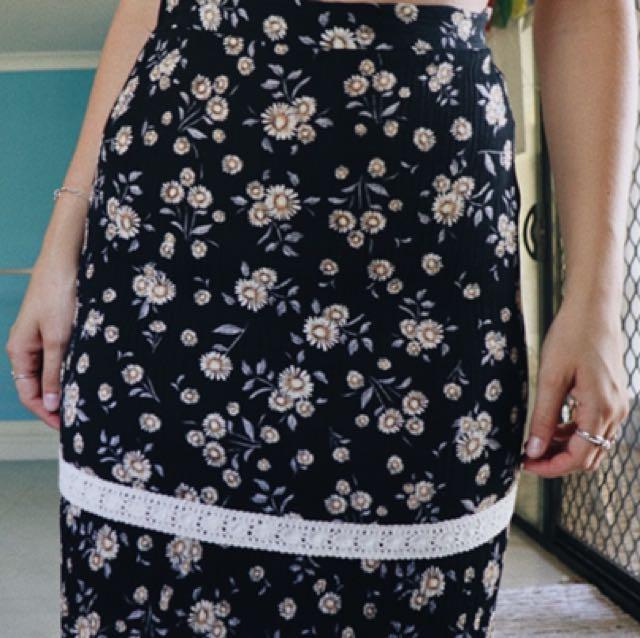 Daisy maxi skirt