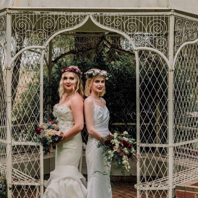 Debutant/Bridal/Formal Dress (with removable straps!)