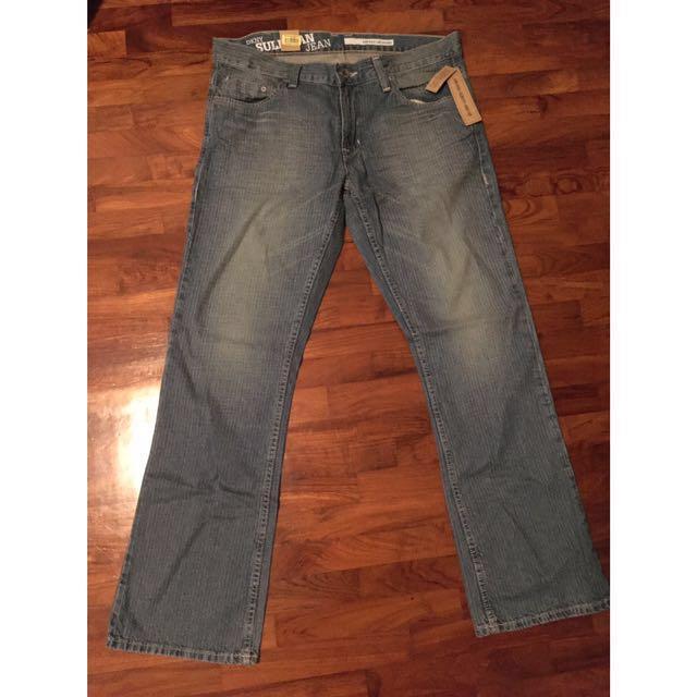 8c354c1dc11 DKNY Sullivan Lowrise Slimfit Bootcut Jeans, Men's Fashion, Clothes ...