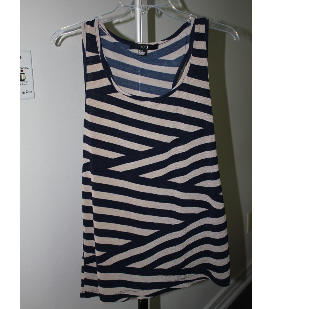Forever 21 Striped Tank Size Small