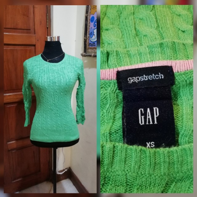 Green Pullover Knitted