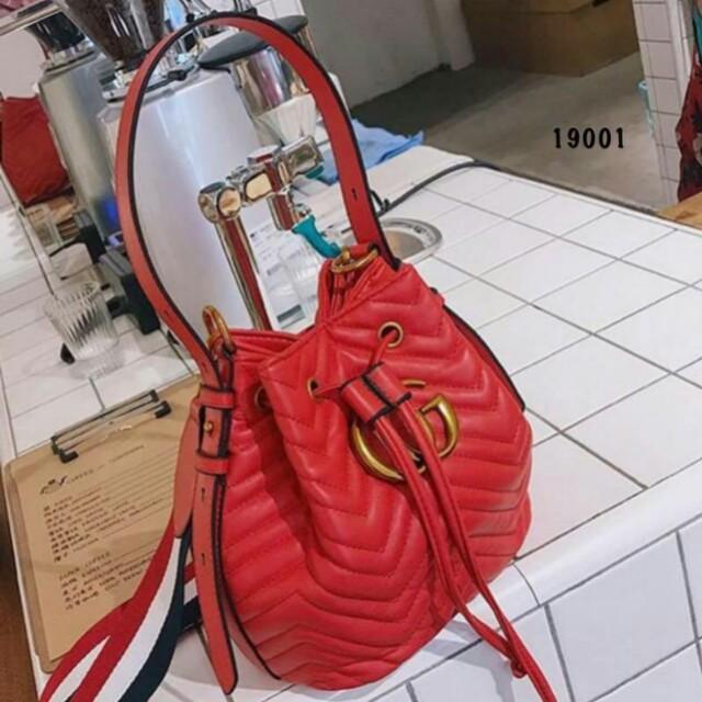Gucci Marmont Bucket Bag 19001