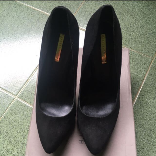 Heels charles and keith - heels hitam