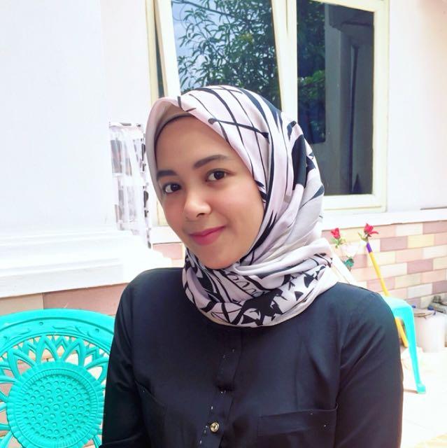 Hijab square ala ria miranda