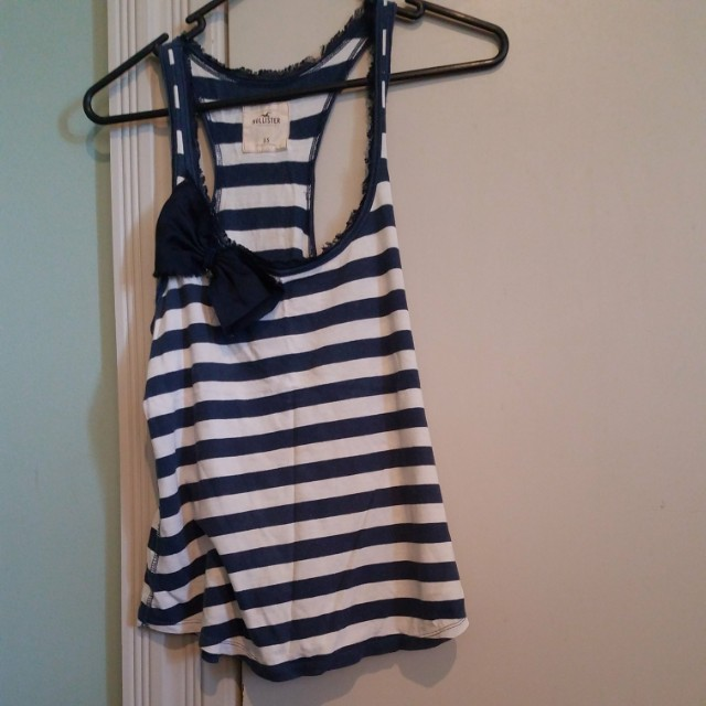 Hollister vest with bow detail - size XS