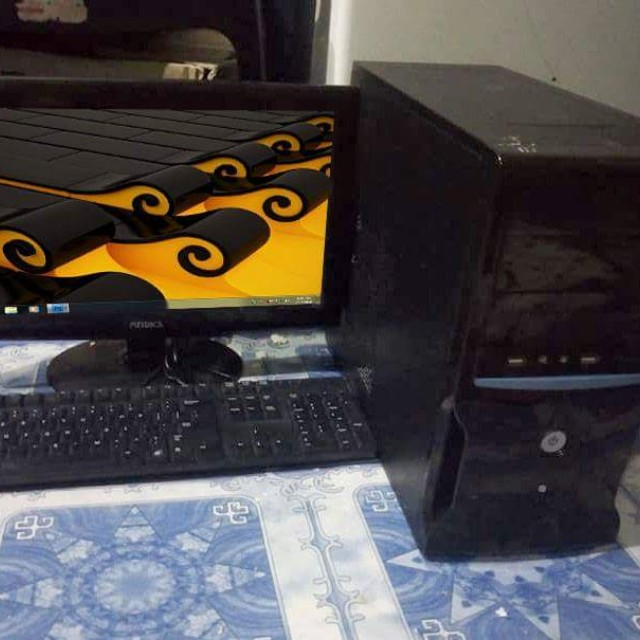 intel core i3 desktop set