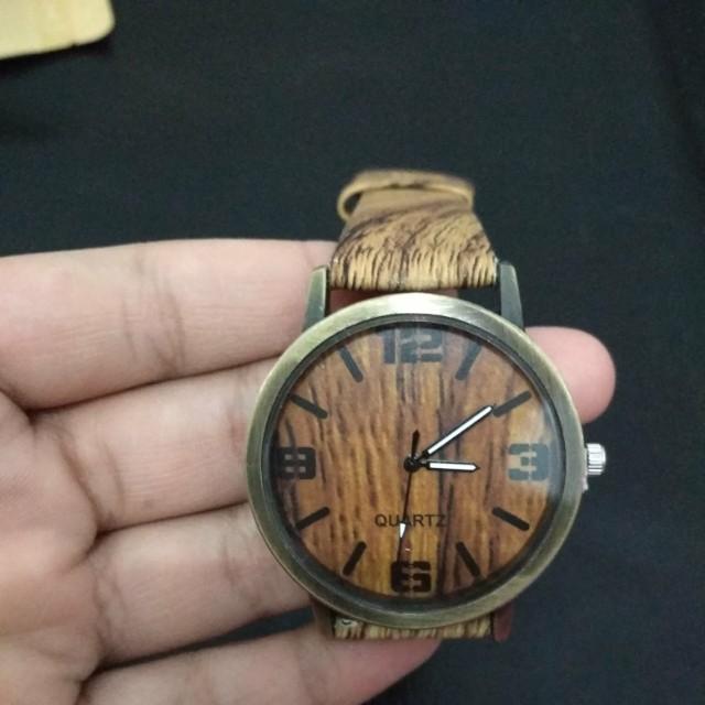 Jam tangan wood