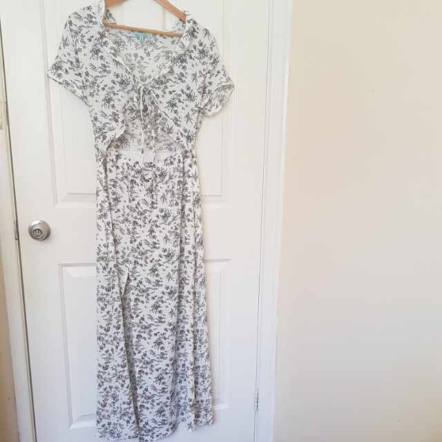 Maxi floral dress