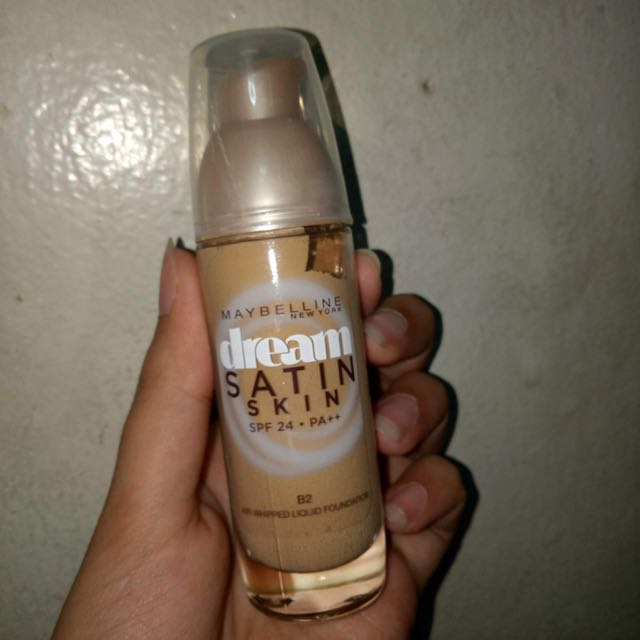 Maybelline Dream Satin Skin Liquid Foundation