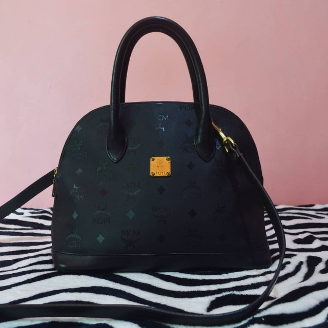 MCM 2 way bag (authentic)