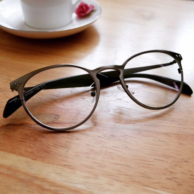 Metal Framed Eyeglasses