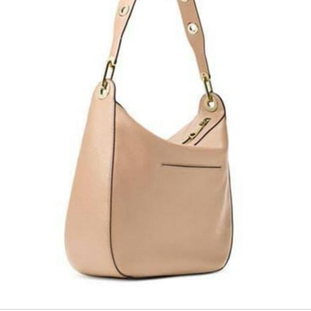 6a41647f7348 Michael kors Raven Oyster Color Hobo bag for only 4