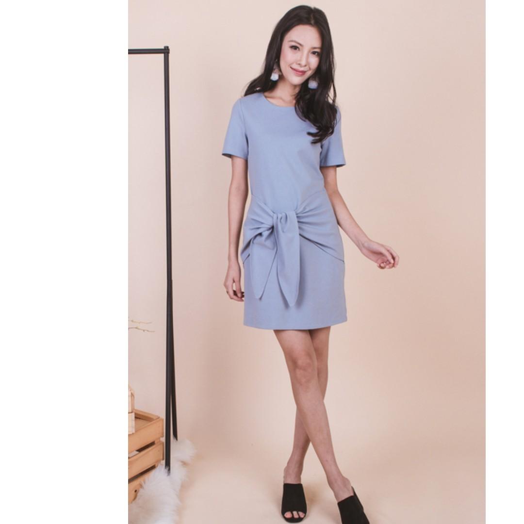 7359e0a49e328 Ohvola Lilou Knot Front Dress (BNWOT), Women's Fashion, Clothes ...