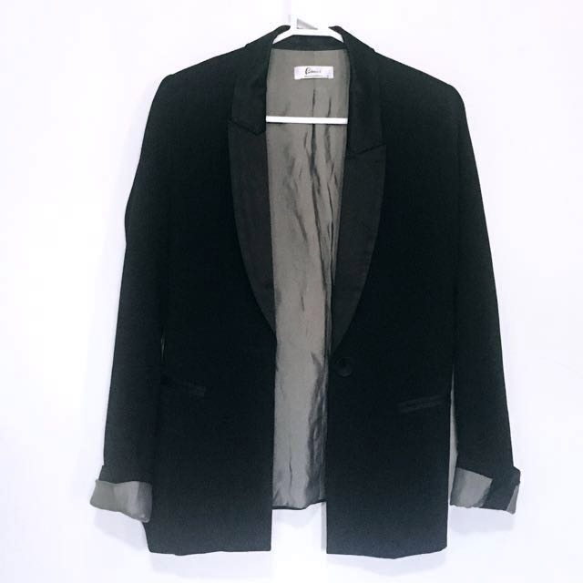 Portmans black blazer