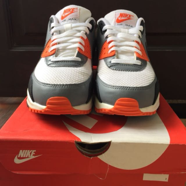 preloved airmax 90 essentials