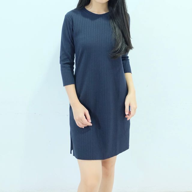 PRELOVED navy knit dress