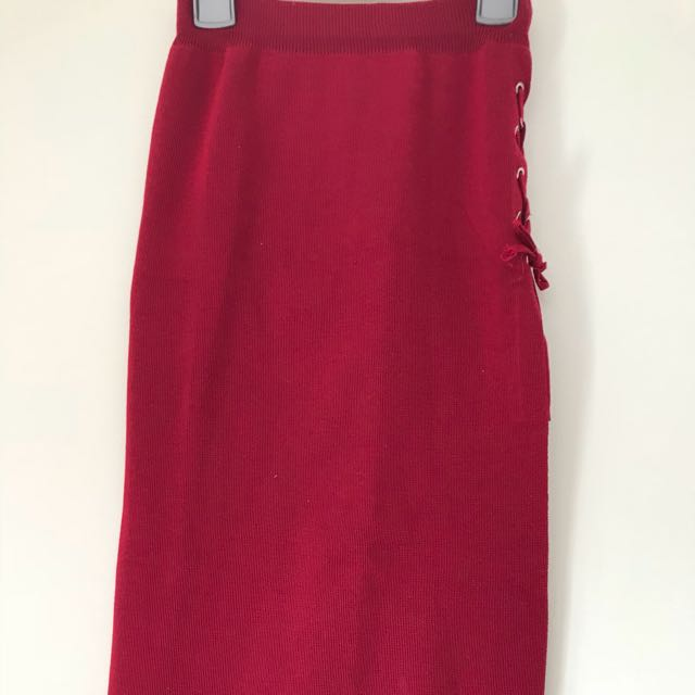 Red skirt with side slit