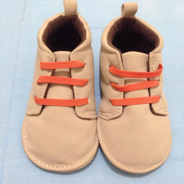 Re-priced! Carter's Shoes 3-6 months