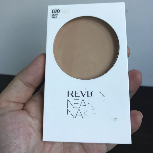 Revlon Nearly Naked Powder