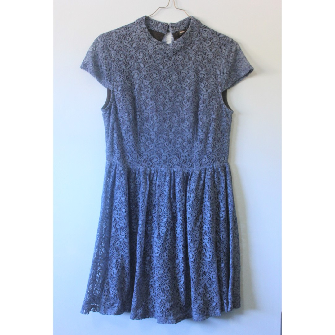Romeo + Juliet Couture Blue Lace Dress
