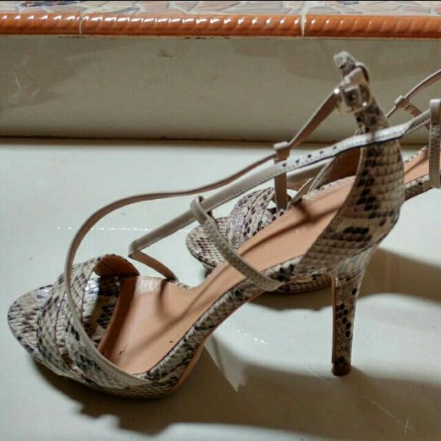 Sepatu ck
