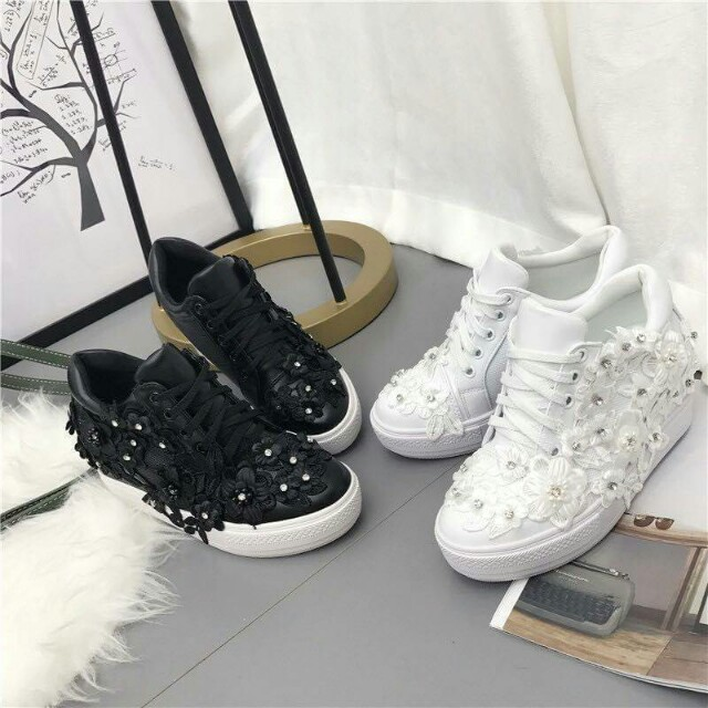 Sepatu Fashion Bordir 5513