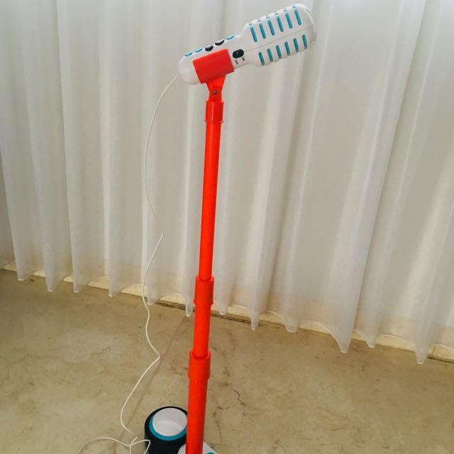 Standing microphone (sing a star)