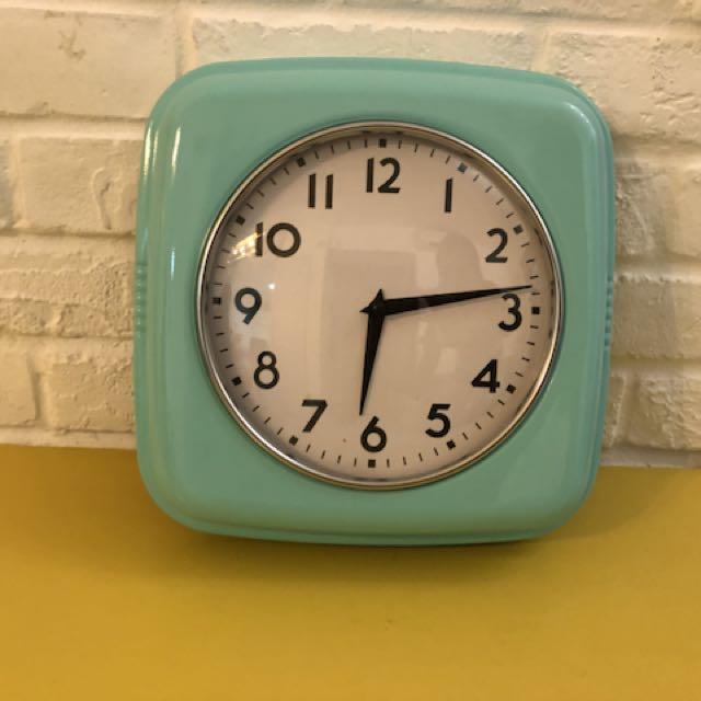 Tiffany Blue Retro Wall Clock