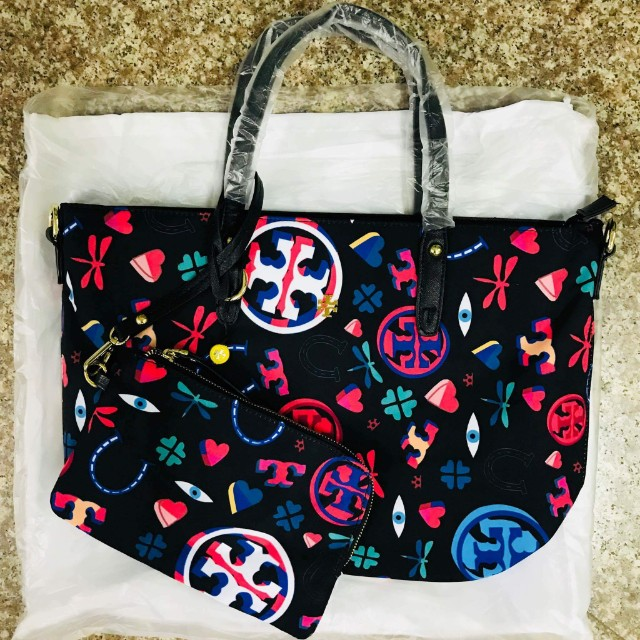 Tory burch with FREE pouch