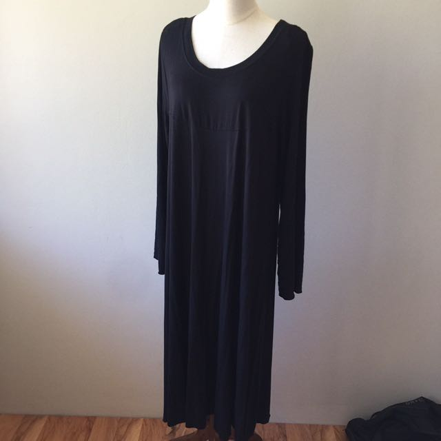 Tree of life black maxi dress