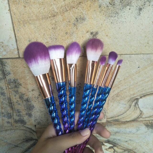 Uniqorn Brush
