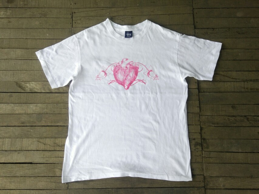 6bde0774 Vtg 90s Stussy Heart logo tshirt, Men's Fashion, Clothes, Tops on ...